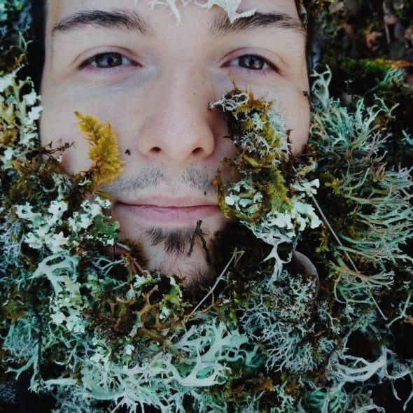 Photocase Hipster man met baard van mosachtige planten