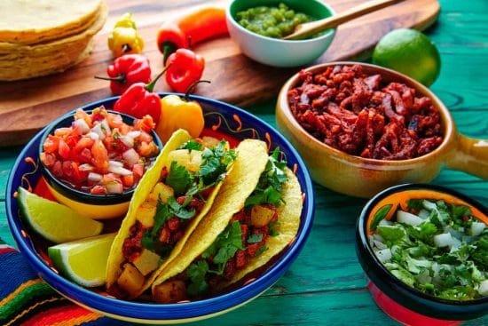 Mexicaanse taco's Latijns-Amerikaanse stockfoto's
